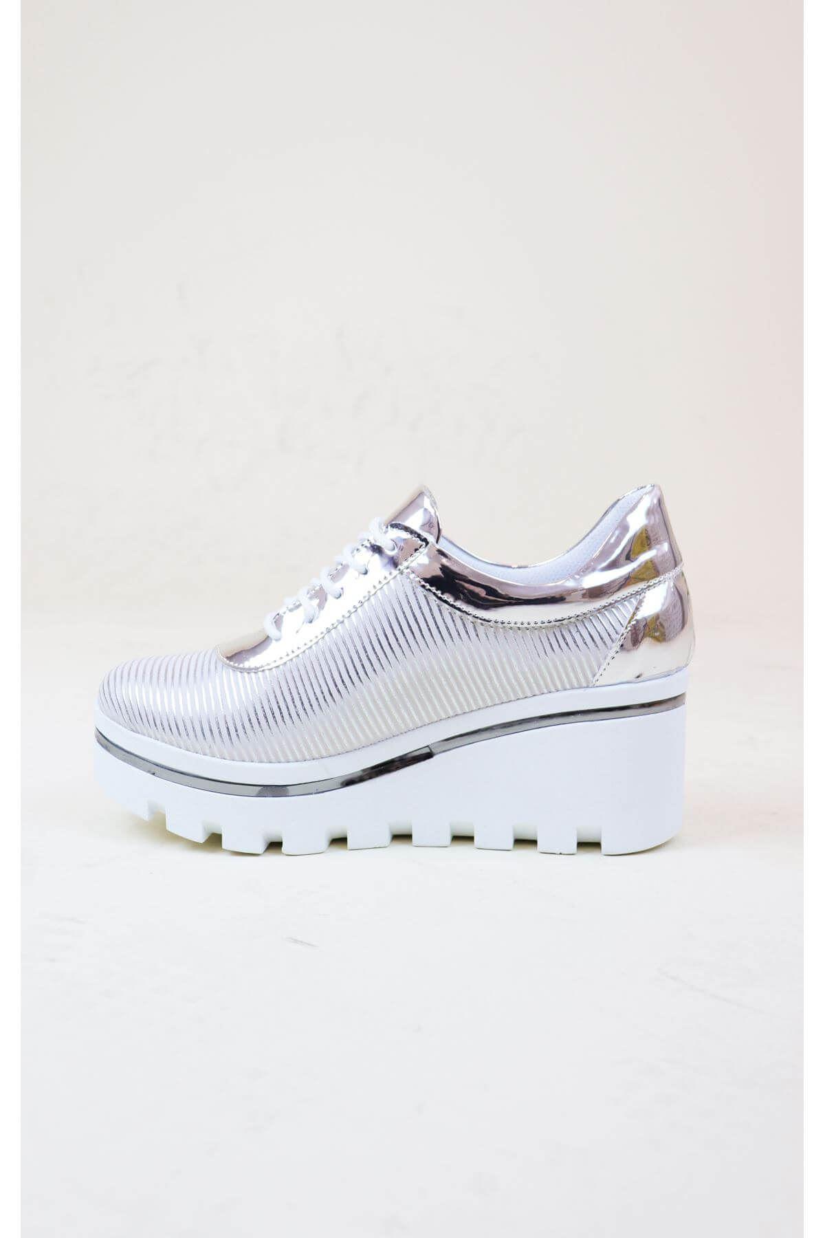 Trend Ayakkabı 1005 Kadın Beyaz Dolgu Topuk Ayakkabısı