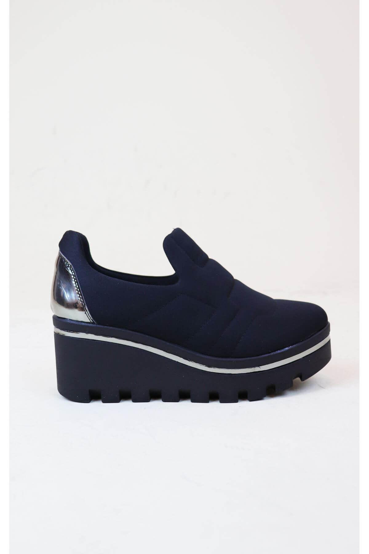 Trend Ayakkabı 1007 Siyah Streç Dolgu Topuk Kadın Ayakkabısı