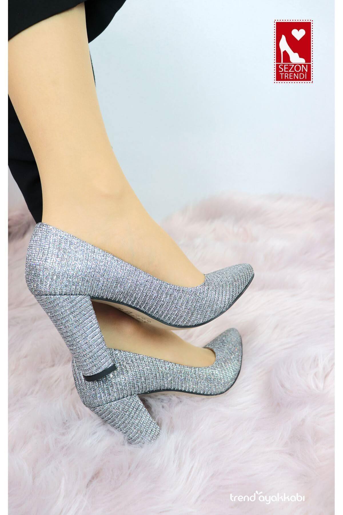 Bilener - Simli Gri Topuklu Kadın Ayakkabısı