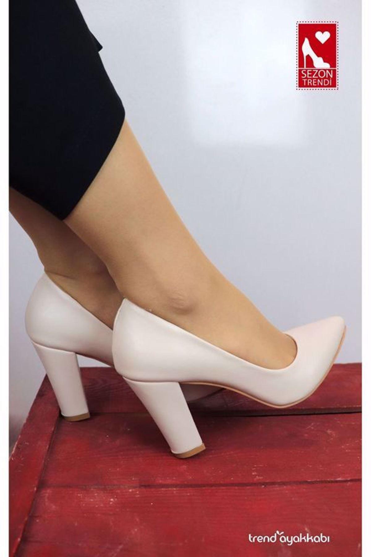 Bilener - Krem Topuklu Kadın Ayakkabısı
