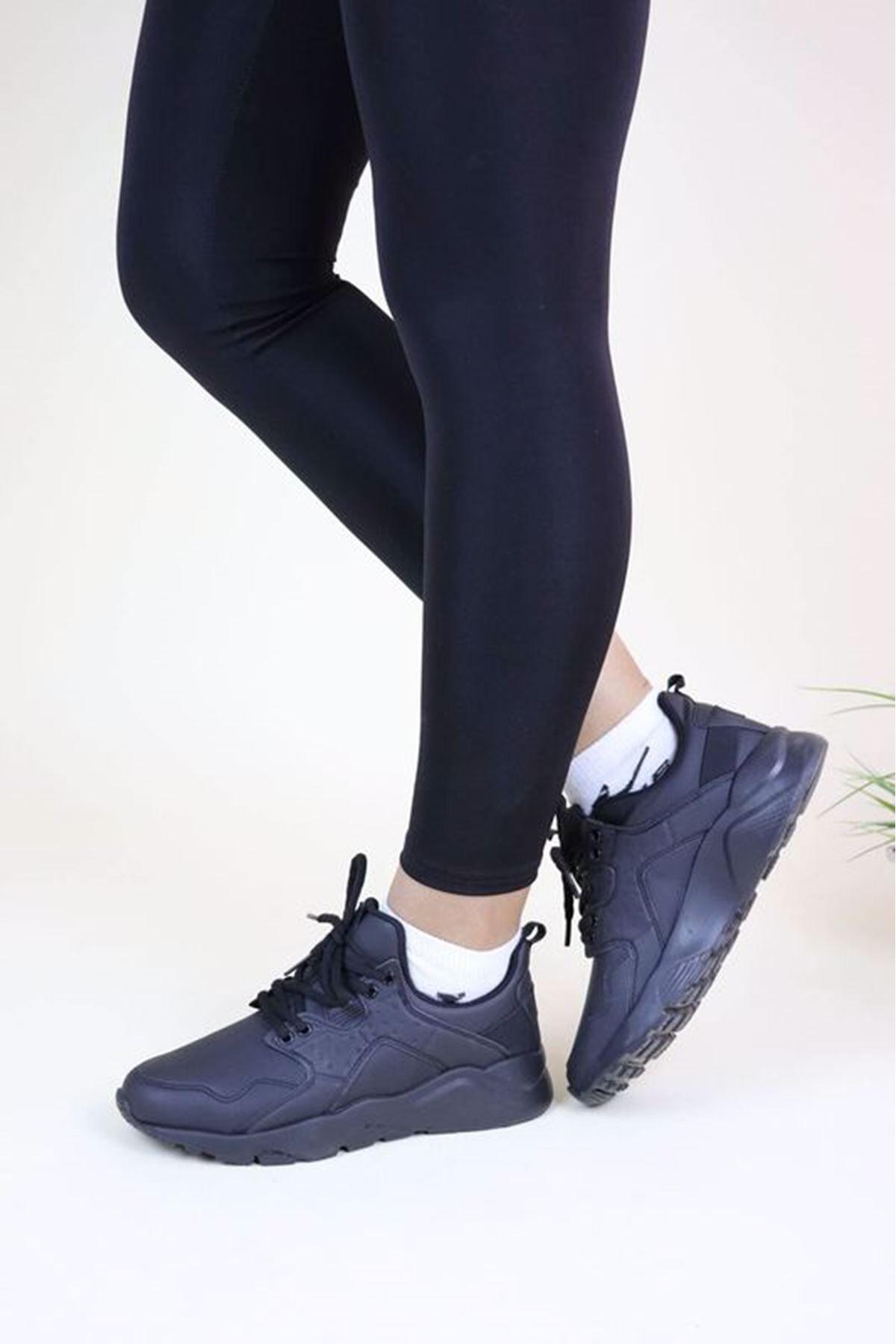 Jump 23904 Siyah Kadın Spor Ayakkabı