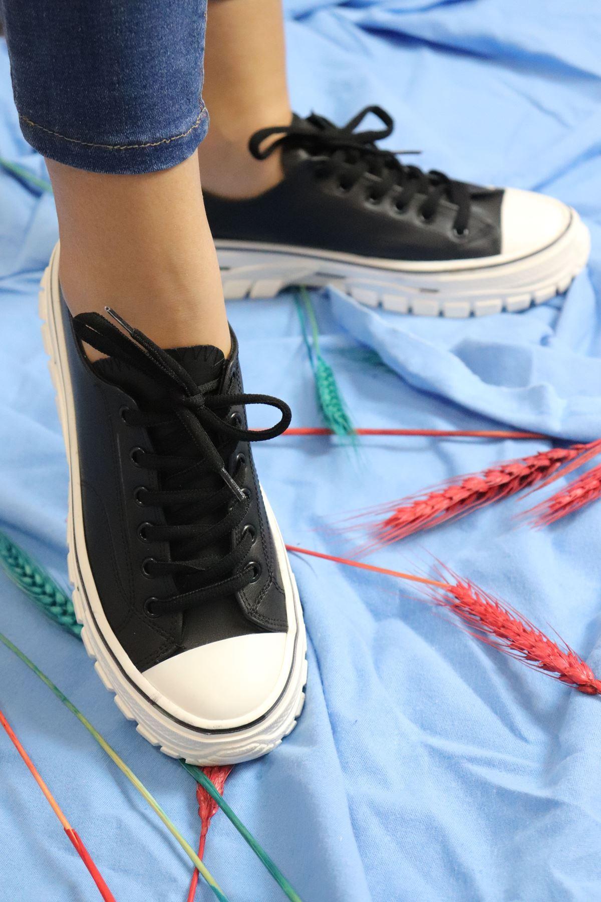 Trendayakkabı Siyah Kadın Sneakers
