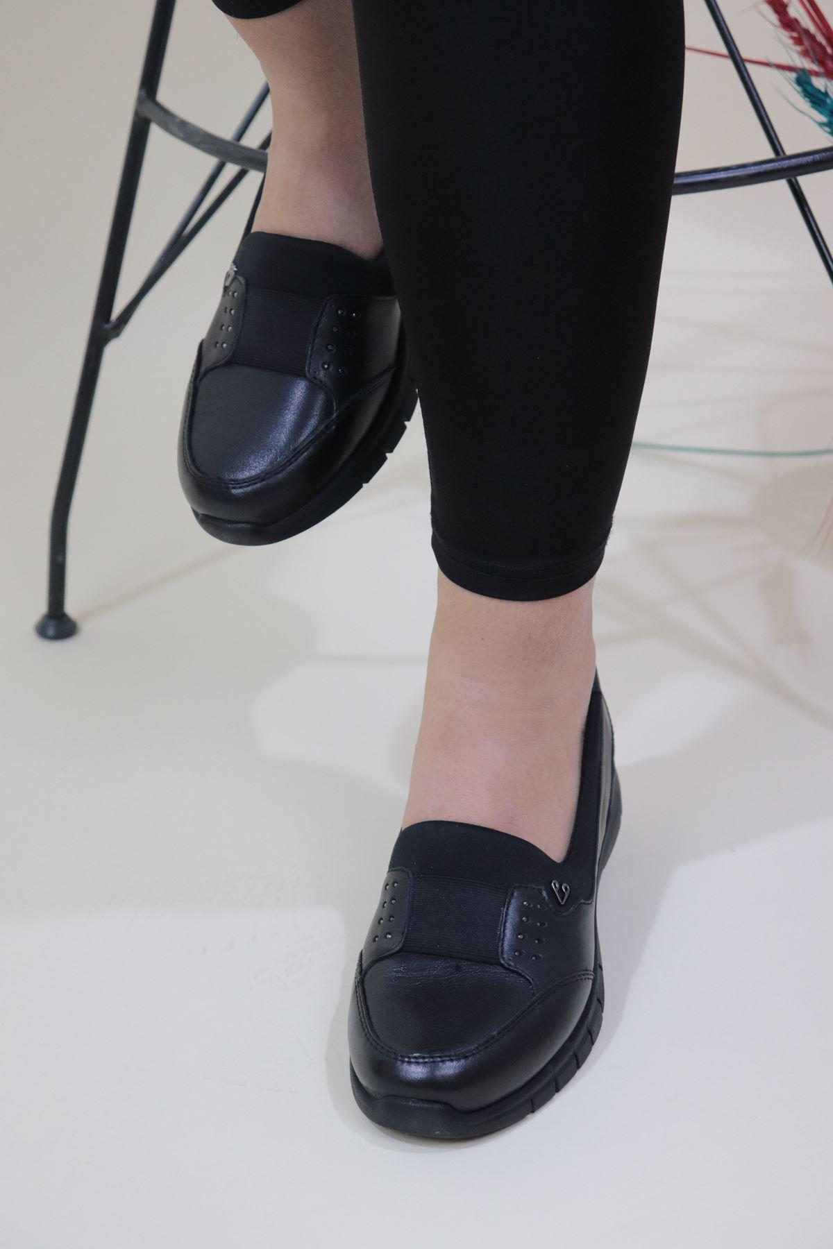 Forelli - 29442 Siyah Lastikli Kadın Ayakkabısı