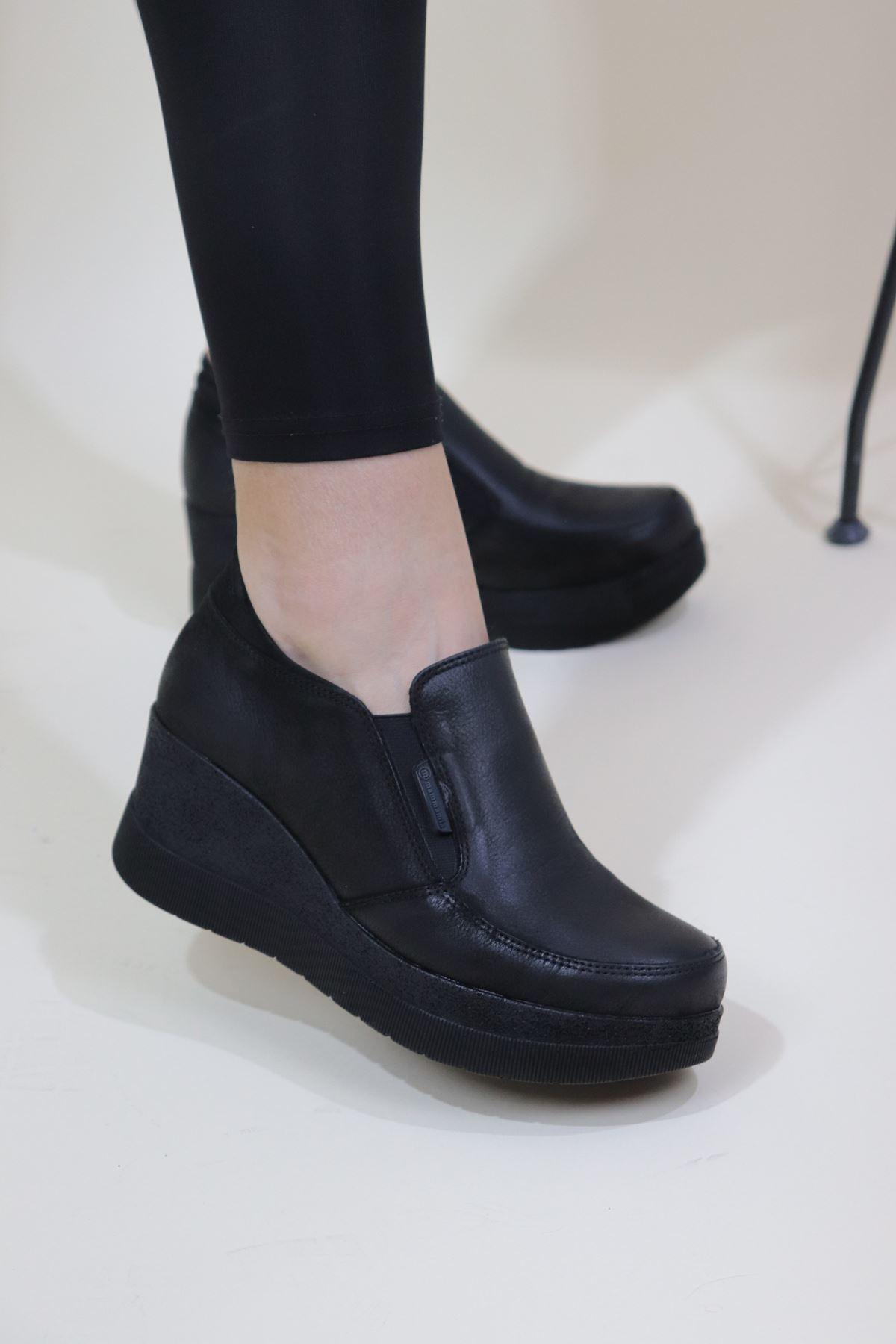 Mammamia - D20KA-755-Z Siyah Kadın Dolgu Topuk Kadın Ayakkabısı