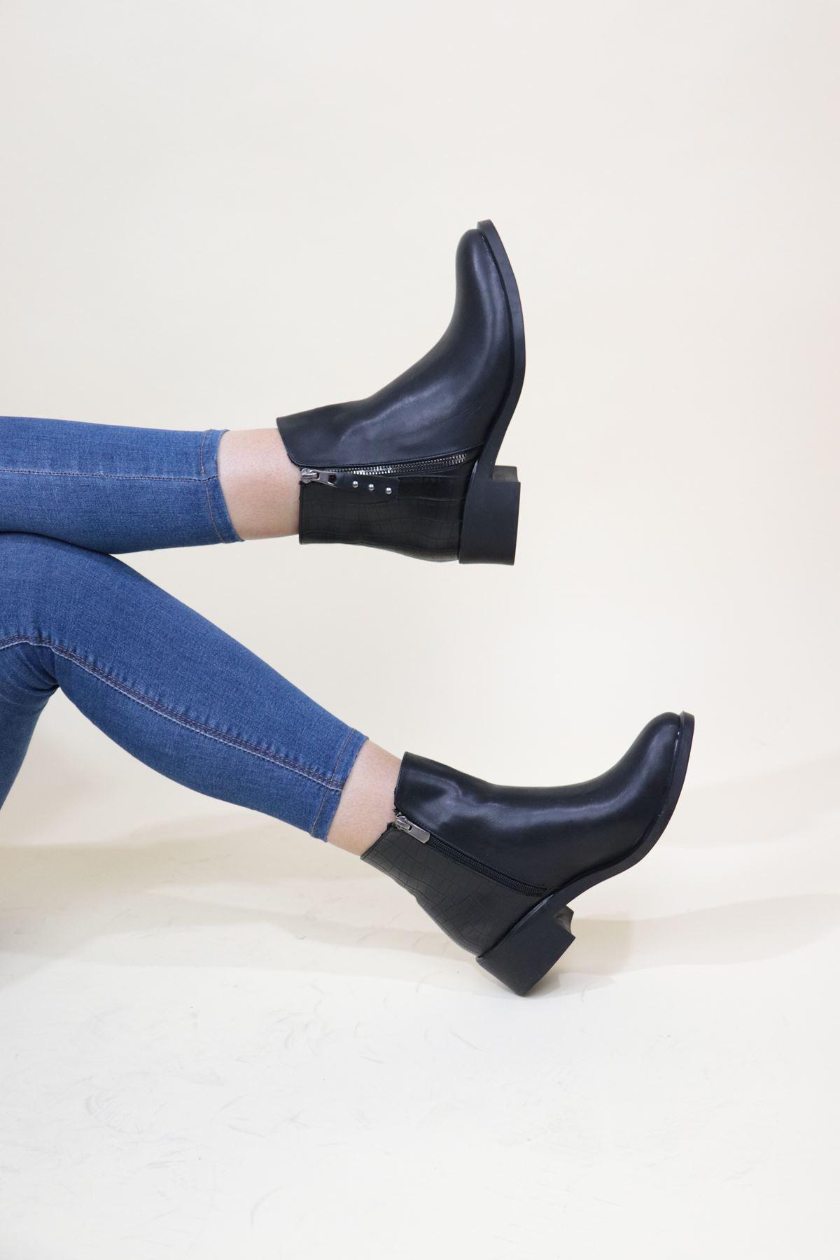 Trendayakkabı - Yanı Fermuar Detaylı Kadın Bot