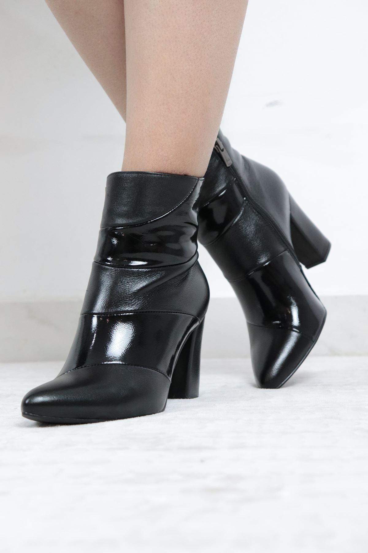 Trendayakkabi - Hakiki Deri Kadın Topuklu Bot