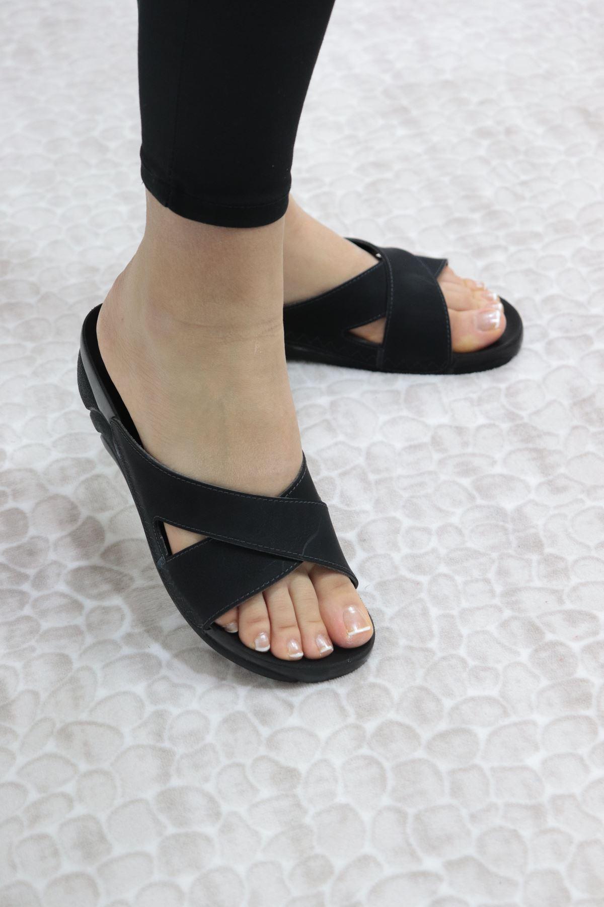 Ceyo - Venedik 9 Siyah Ortopedik Kadın Terlik