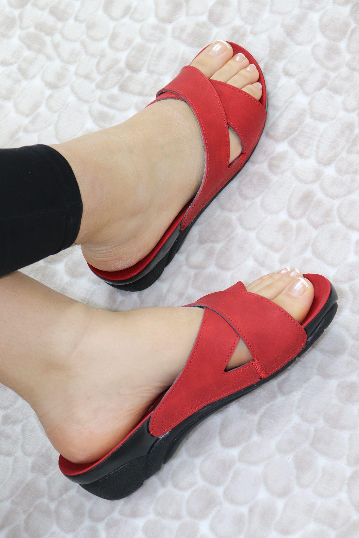 Ceyo - Venedik 9 Kırmızı Ortopedik Kadın Terlik