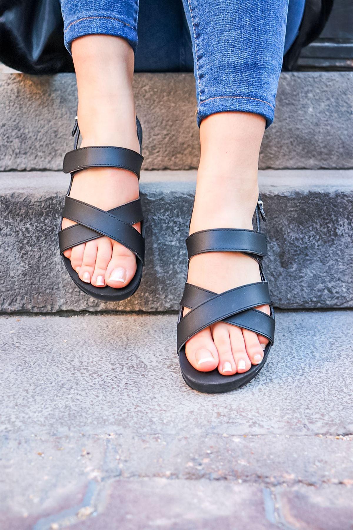 Ceyo - Venedik 8 Siyah Ortopedik Kadın Sandalet