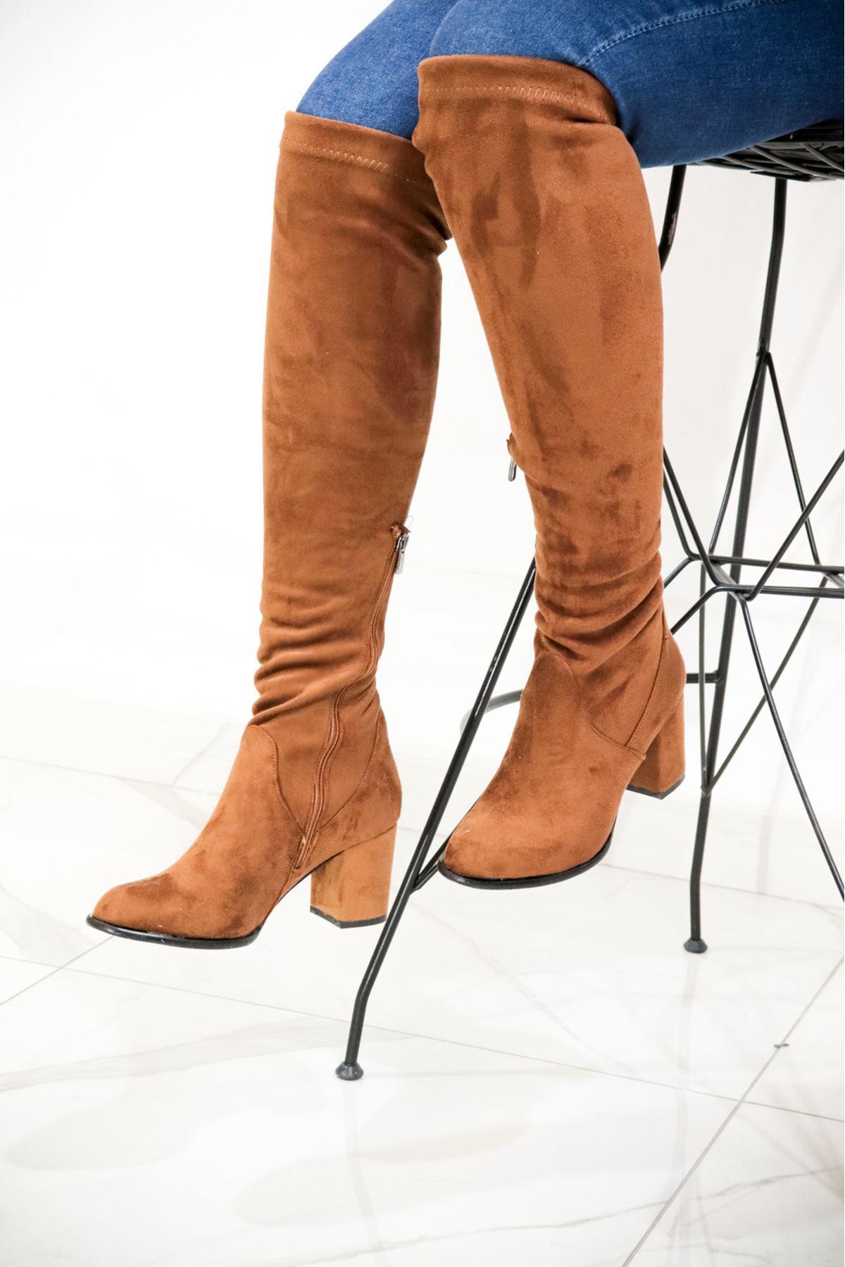 Trendayakkabı - Taba Süet Diz Üstü Kadın Çorap Çizme