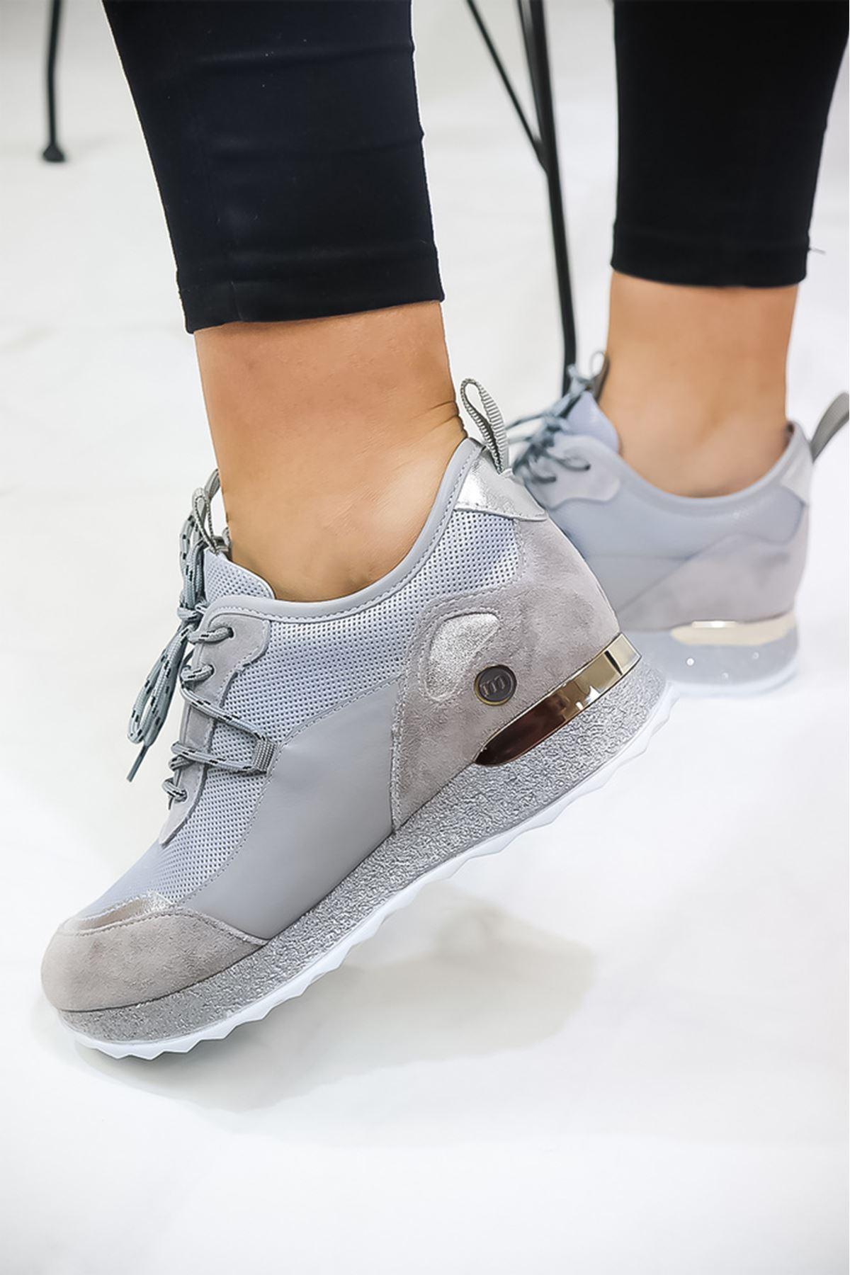 Mammamia - D21YA - 570-Z Gri Simli Kadın Ayakkabısı