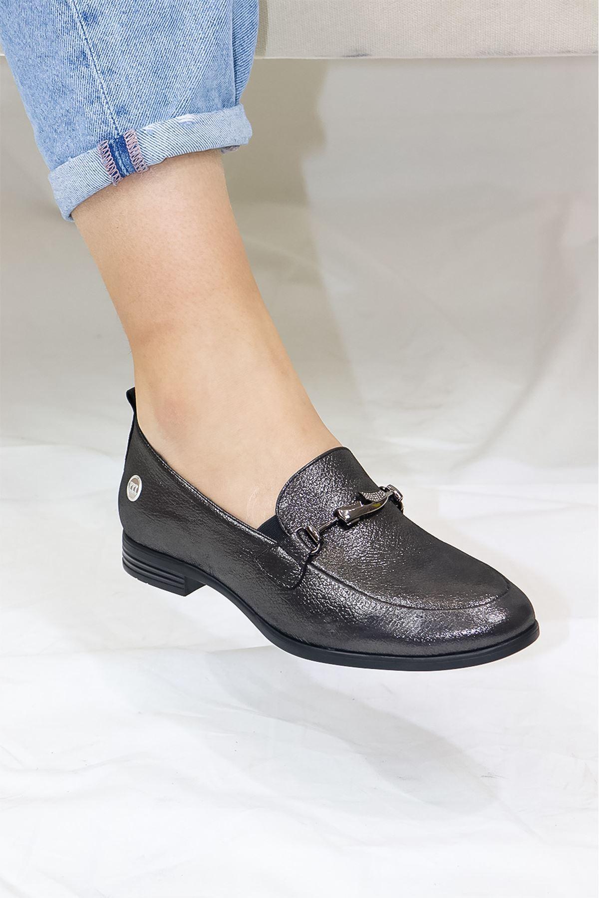 Mammamia - D21YA - 985-B Çelik Simli Babet Kadın Ayakkabısı