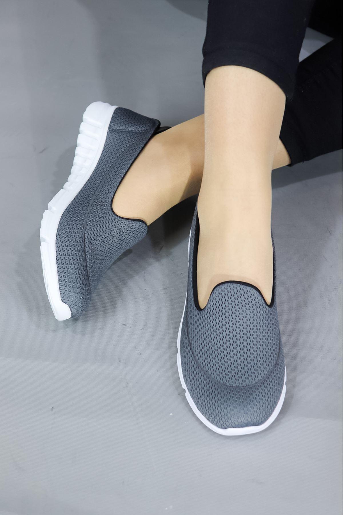 Trendayakkabı - Gri Fileli Ortopedik Kadın Ayakkabısı