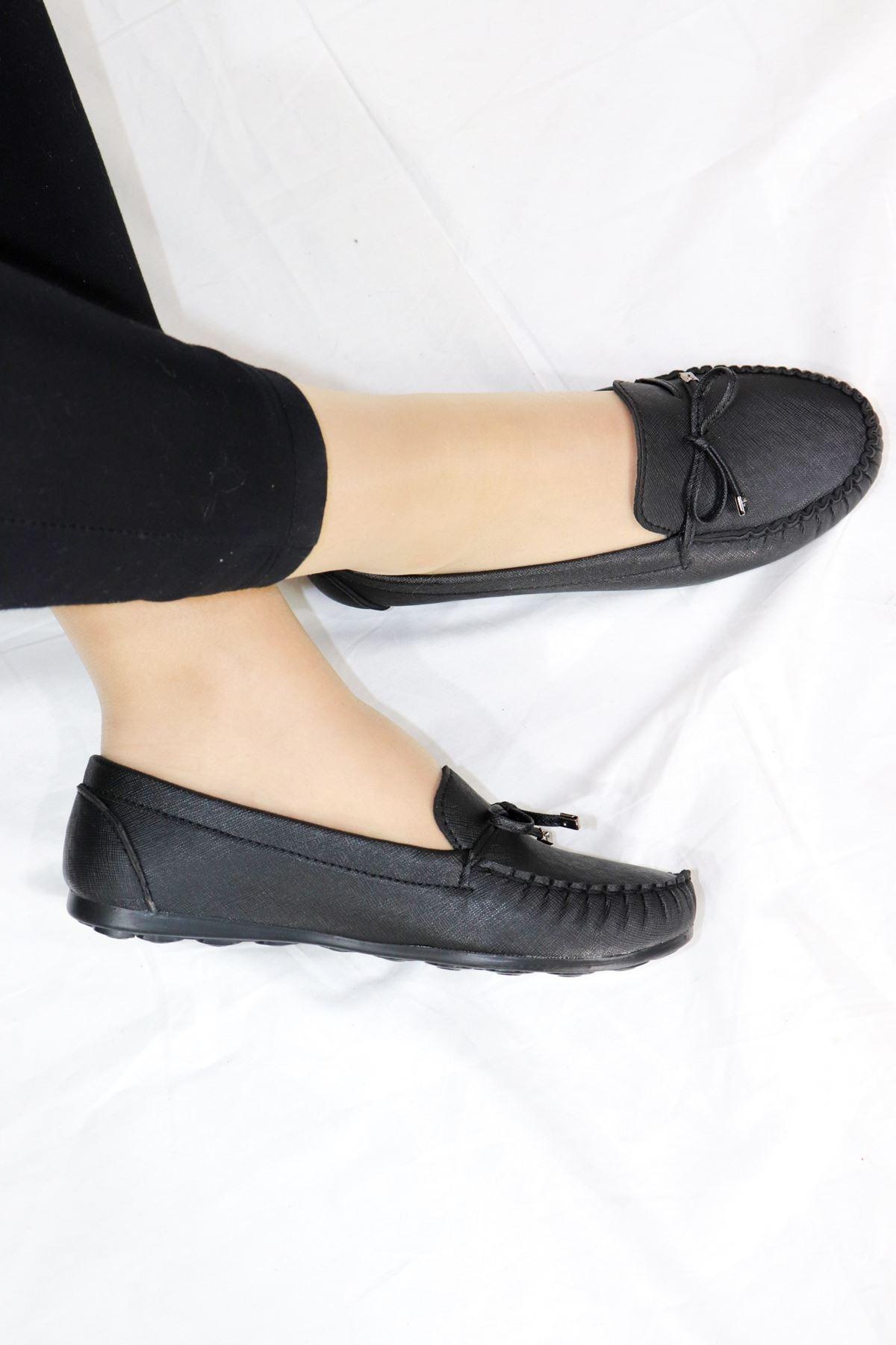 Trendayakkabı - Siyah Fiyonk Detaylı Babet