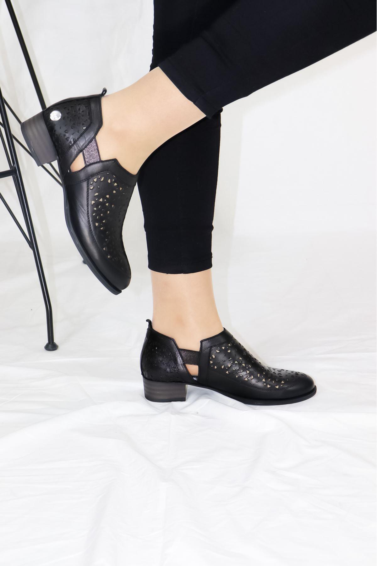 Mammamia - D21YA - 455-B Siyah Kadın Ayakkabısı