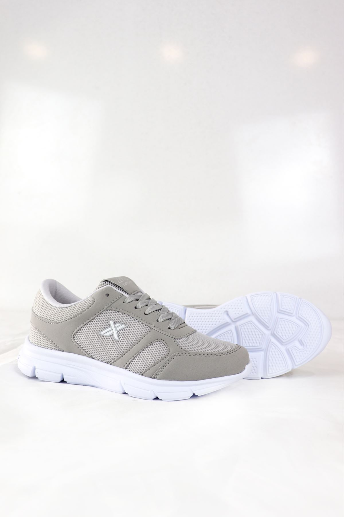 Trendayakkabı - 203 - Buz Gümüş Kadın Spor Ayakkabısı
