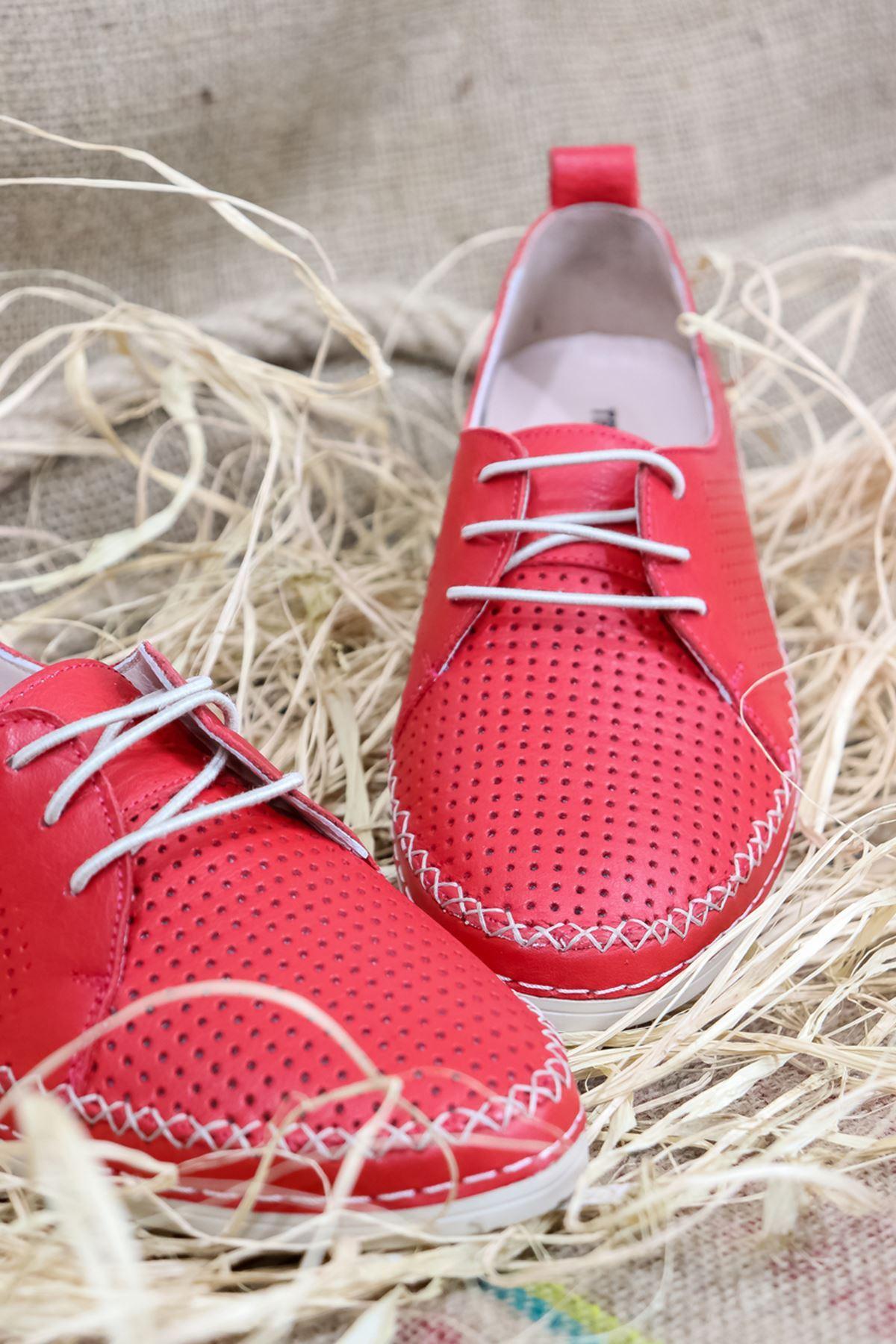Trendayakkabı - Kırmızı Hakiki Deri Kadın Ayakkabısı