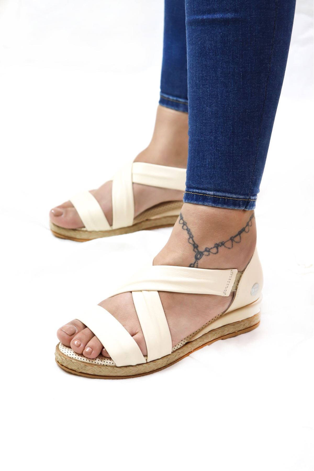 Mammamia - D21YS -1145-B Bej Kadın Sandalet