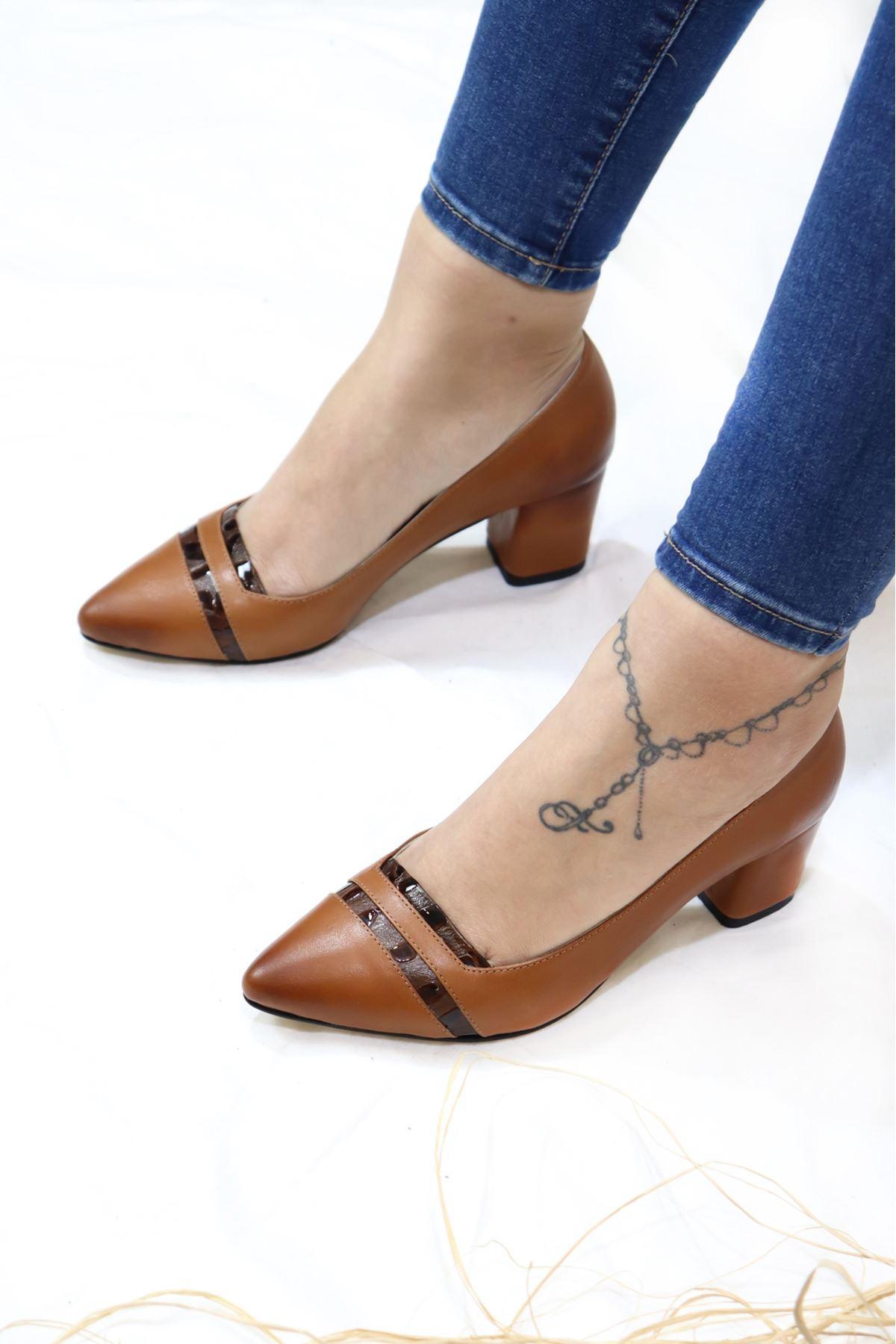 Trendayakkabı - Taba Hakiki Deri Kadın kalın Topuklu Ayakkabı