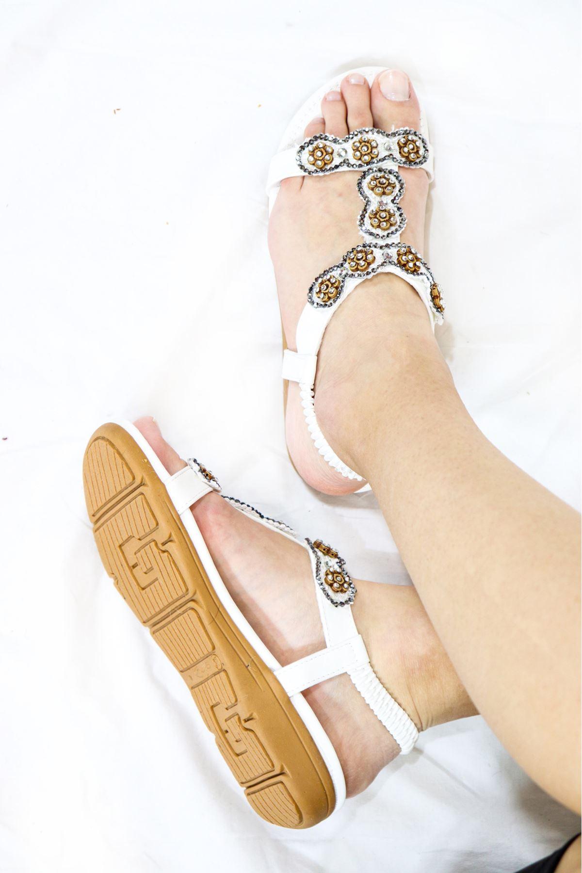 Guja - 21Y250-32 Beyaz Kadın Sandalet