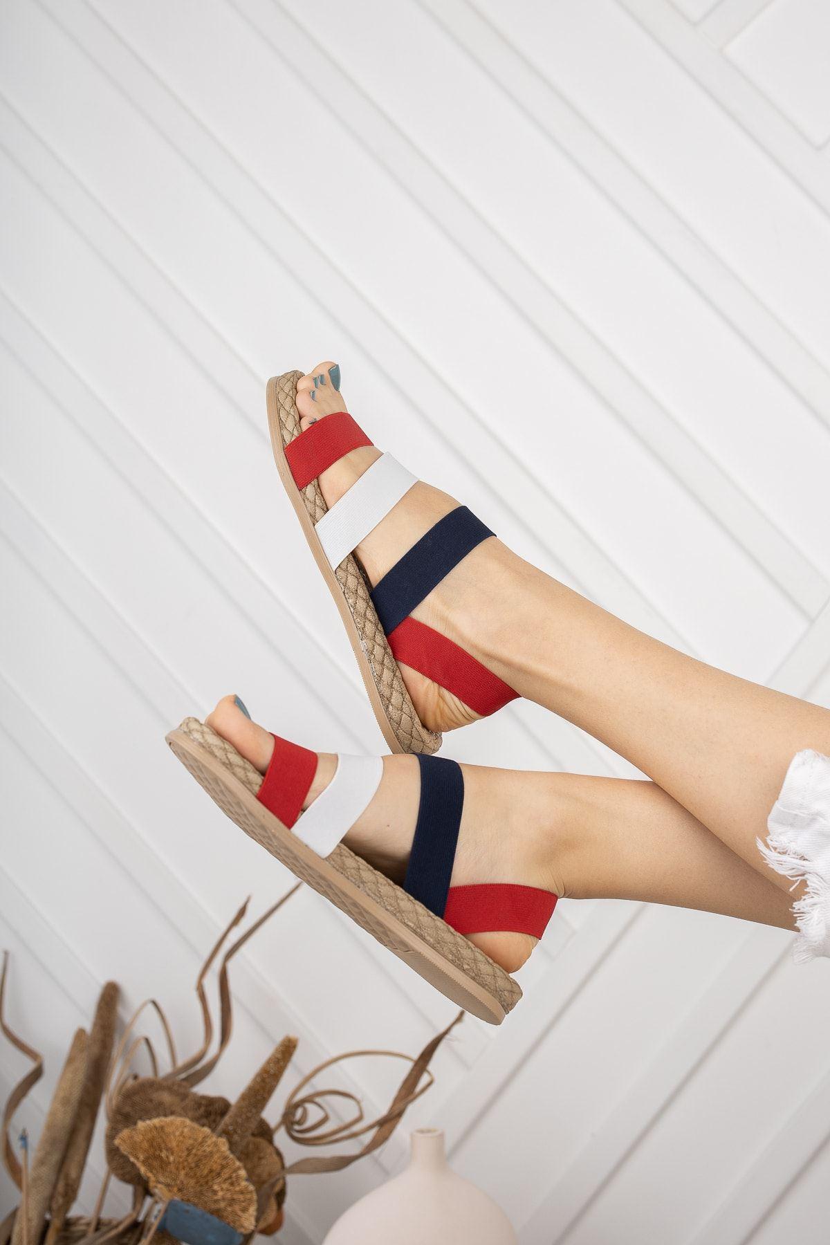 Trendayakkabı -  Kırmızı Kadın Şeritli Sandalet