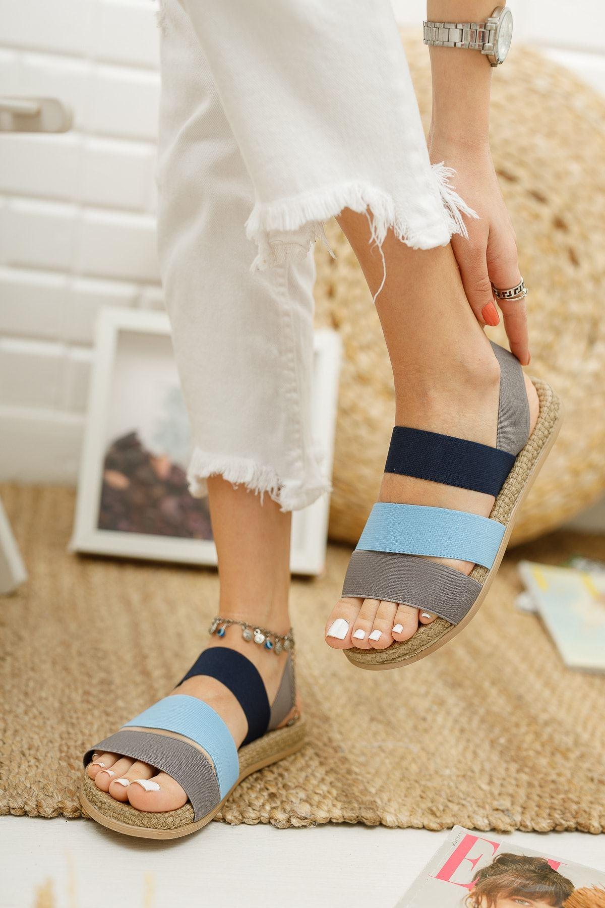 Trendayakkabı - Mavi Kadın Şeritli Sandalet