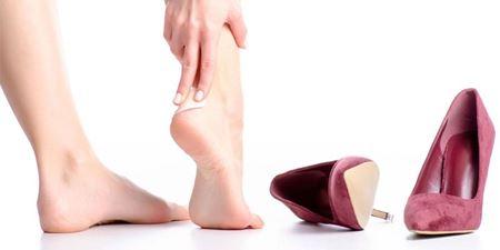 Topuklu Ayakkabı Giyerken Acı Çekiyorsanız Bu Yöntemlere Bir Göz Atın !